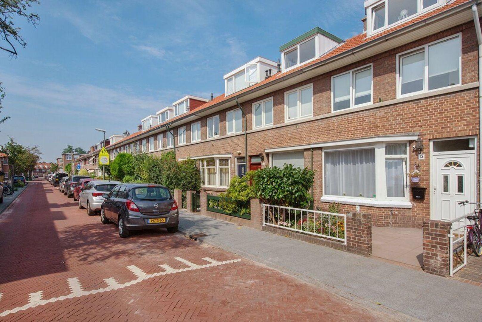 Kortenhoefsestraat 15, Den Haag foto-1 blur