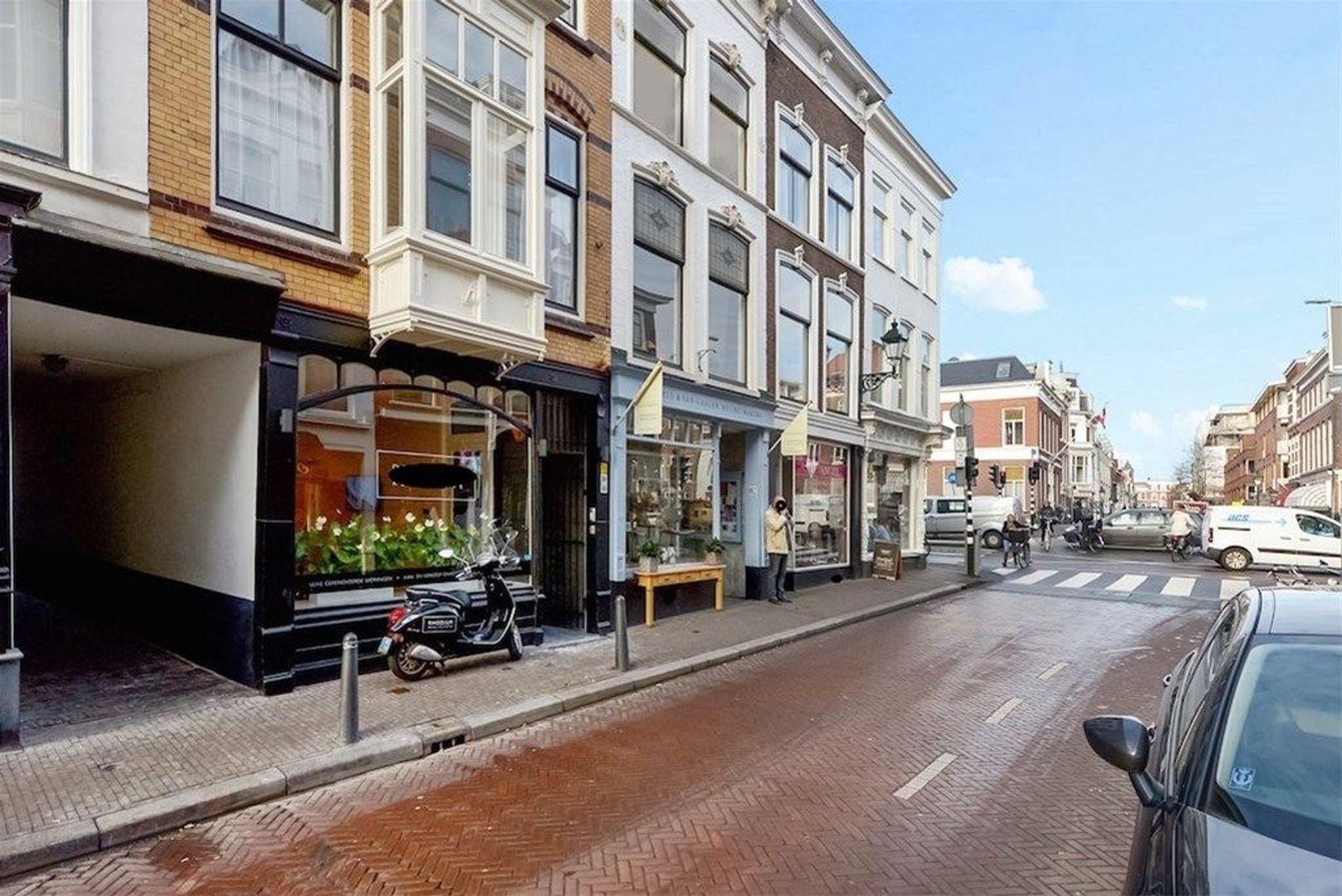 Denneweg 178, Den Haag foto-1 blur