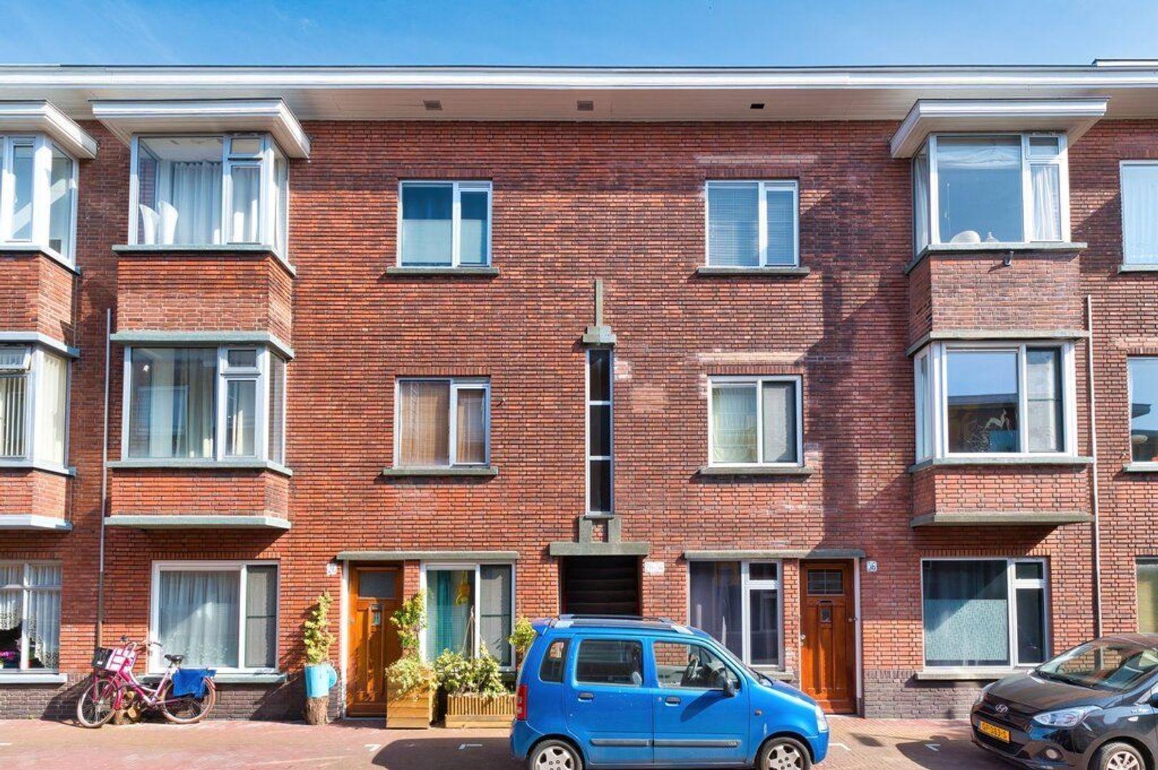 Pieter van den Zandestraat 32, Den Haag foto-0 blur