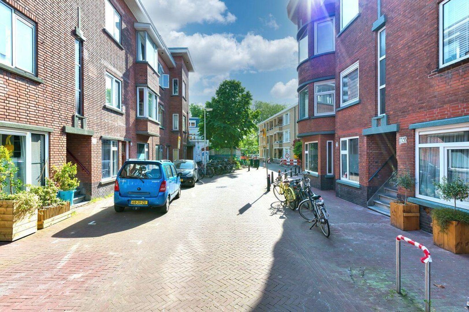 Pieter van den Zandestraat 32, Den Haag foto-2 blur
