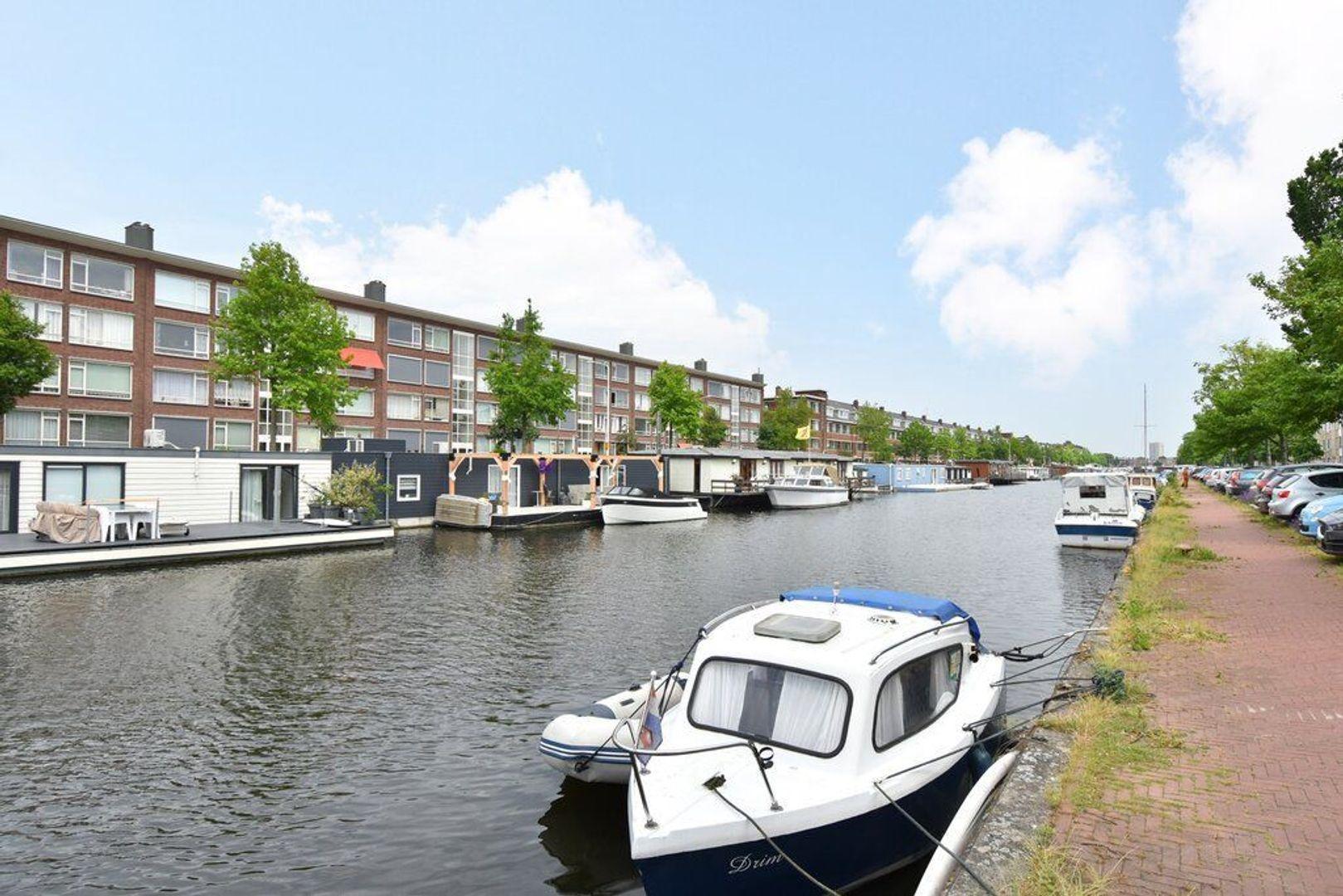 Veenendaalkade 592, Den Haag foto-29 blur