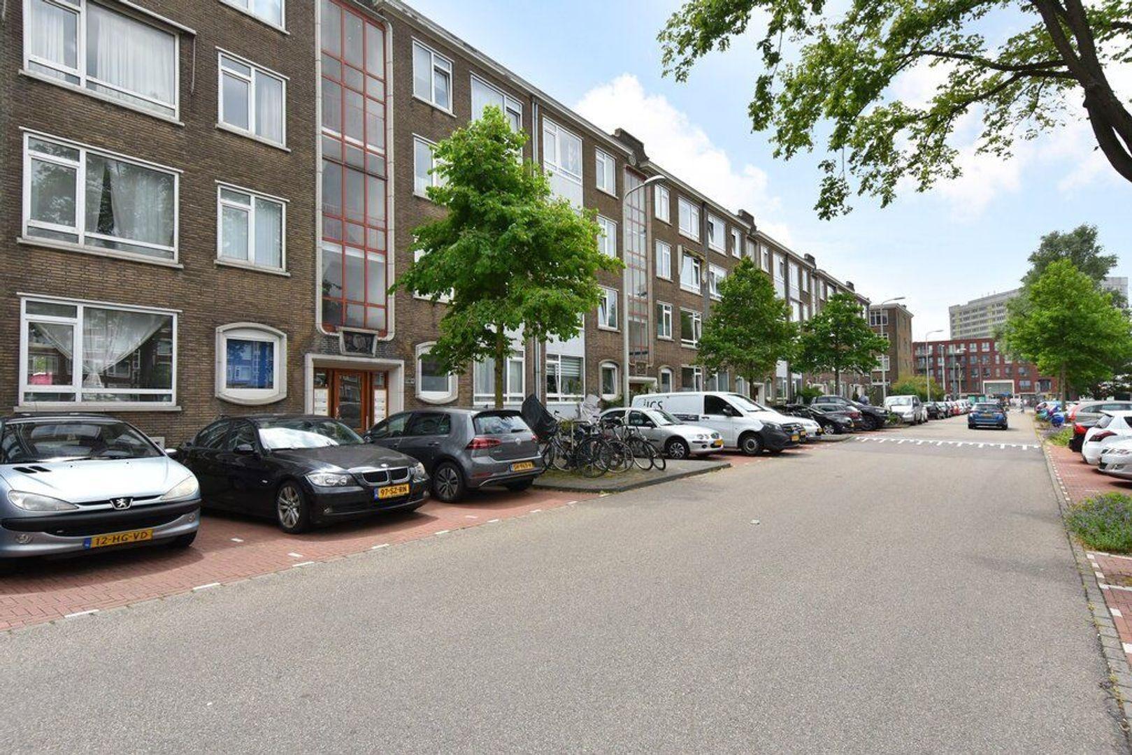 Veenendaalkade 592, Den Haag foto-31 blur