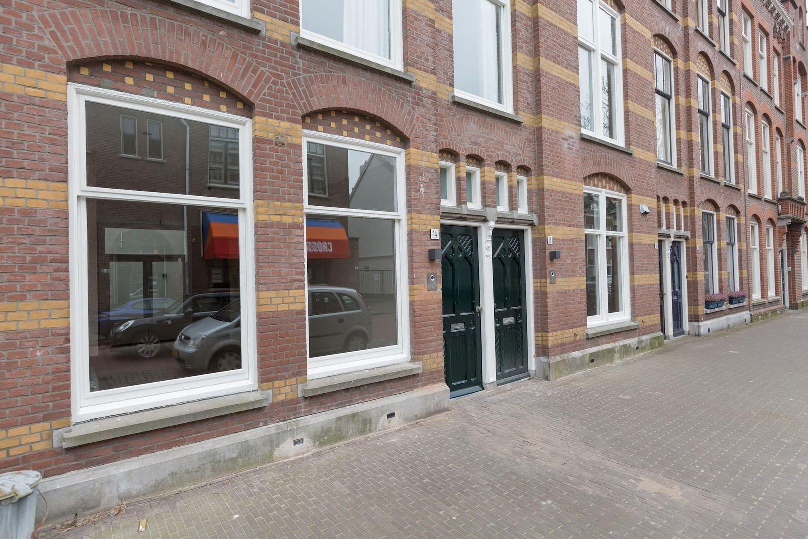 Kerkstraat 14, Den Haag foto-2 blur