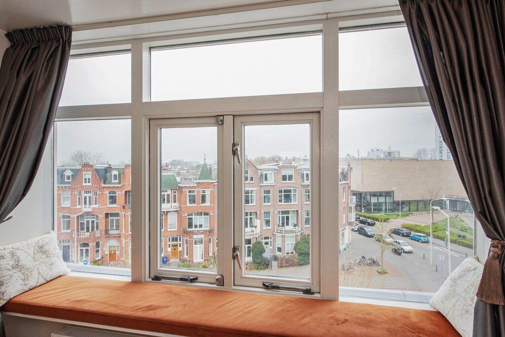 Groot Hertoginnelaan 224, Den Haag foto-44 blur