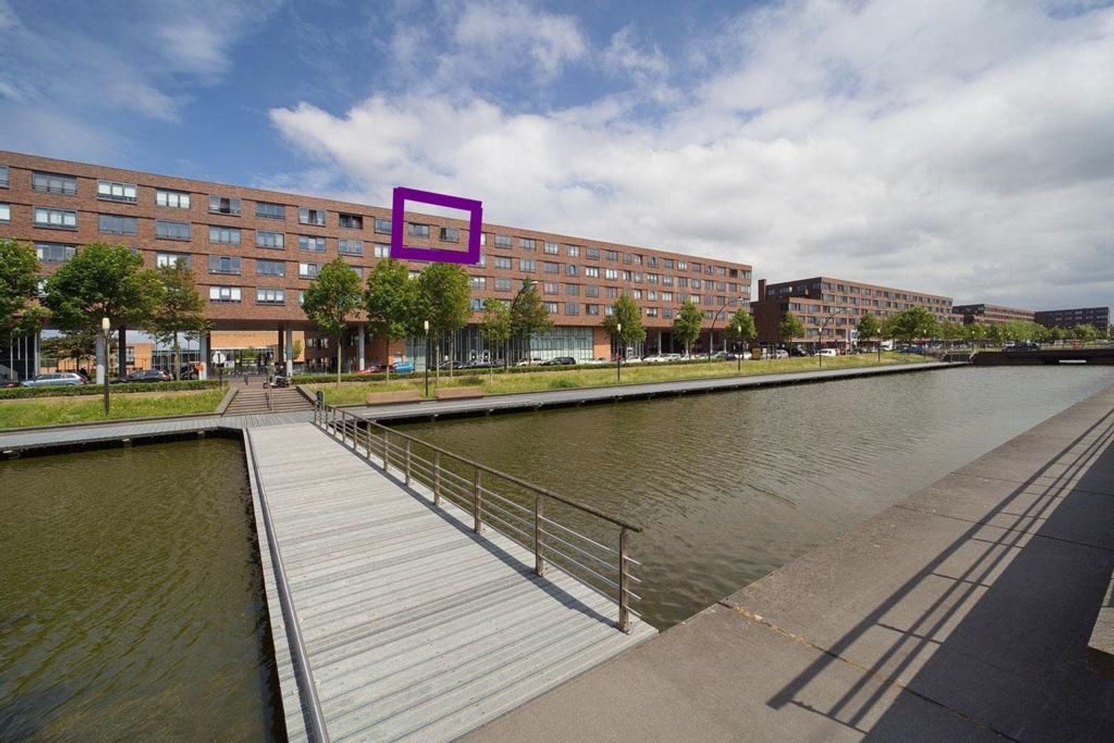 Laan van Wateringse Veld 450, Den Haag foto-1 blur