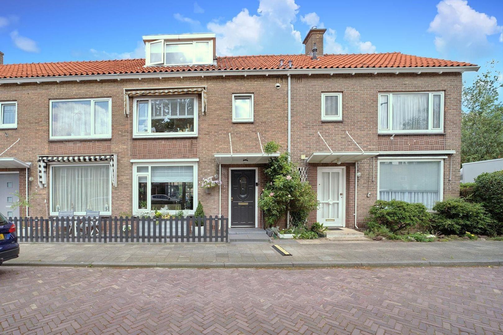 Willem Klooslaan 36, Voorburg foto-30 blur
