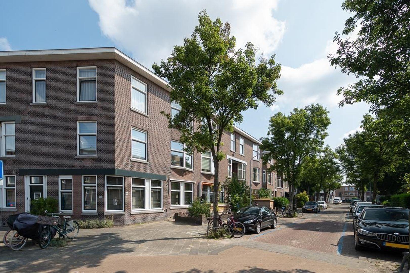 van Sevenbergestraat 49, Voorburg foto-0 blur