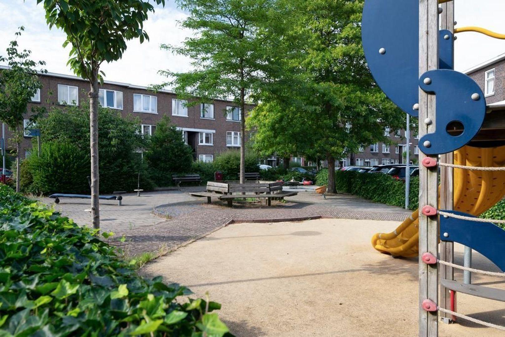van Sevenbergestraat 49, Voorburg foto-33 blur