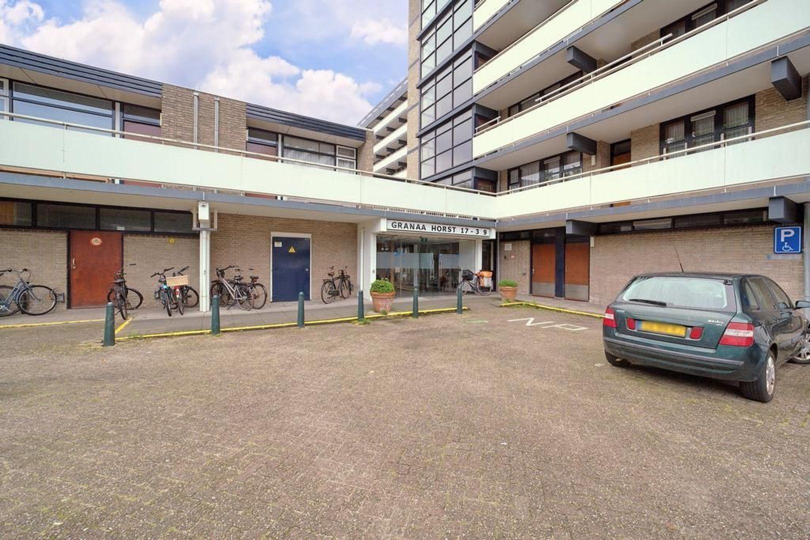 Granaathorst 301, Den Haag foto-17 blur
