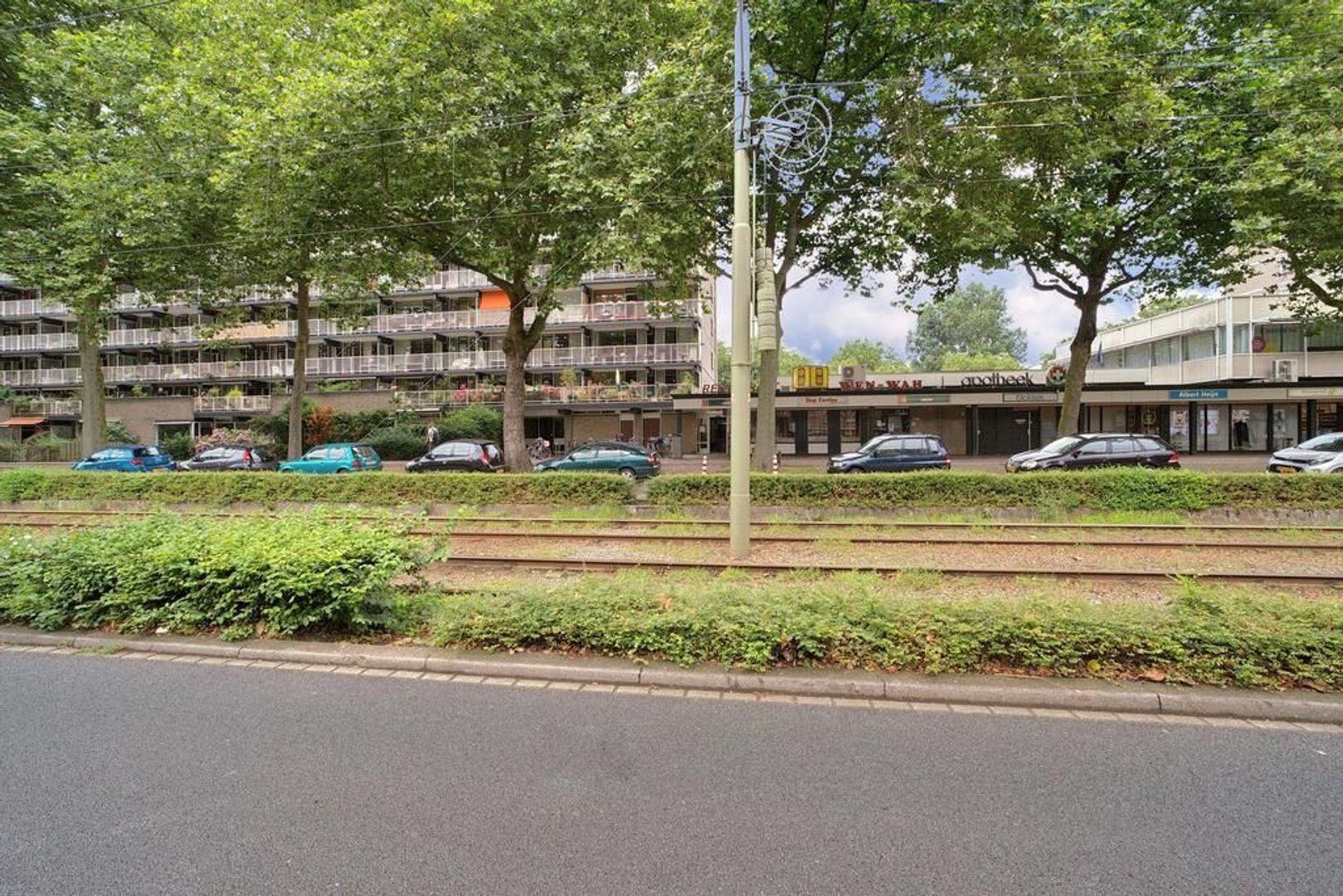 Granaathorst 301, Den Haag foto-19 blur