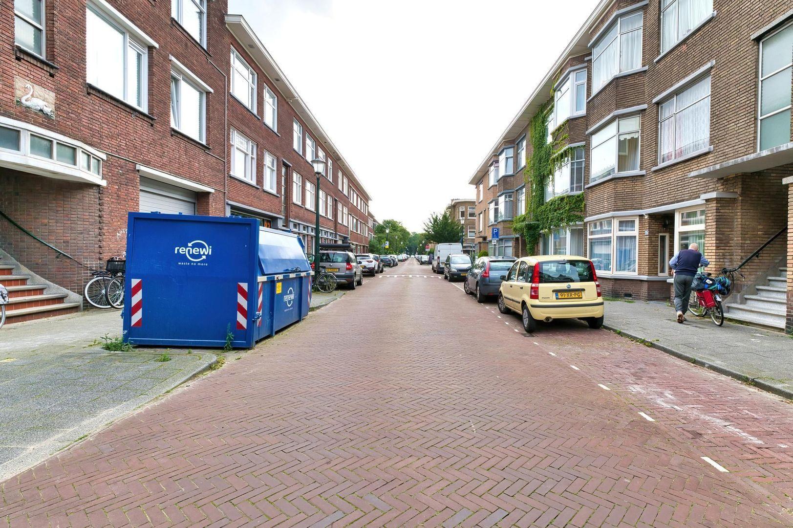 Okkernootstraat 70, Den Haag foto-32 blur