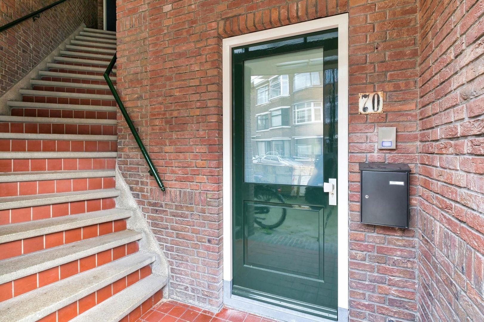 Okkernootstraat 70, Den Haag foto-30 blur
