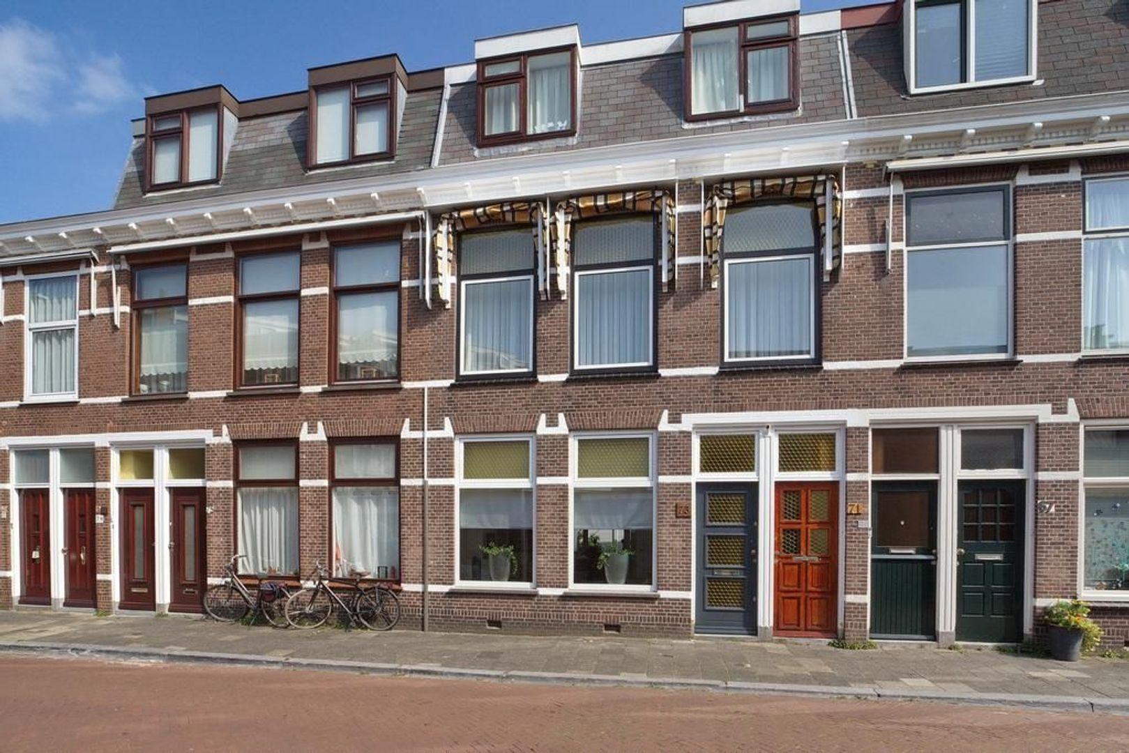 Kenaustraat 73, Den Haag foto-1 blur