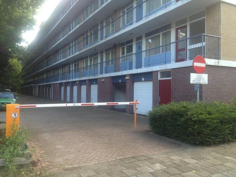 Uitgeeststraat 135, Den Haag foto-1 blur