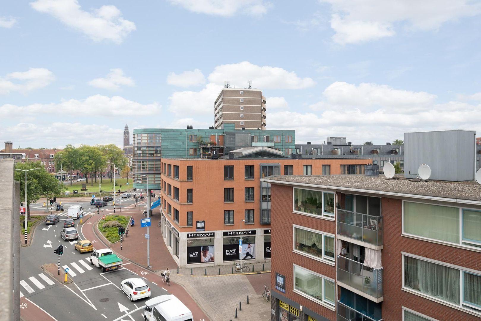 Hobbemastraat 315, Den Haag foto-26 blur
