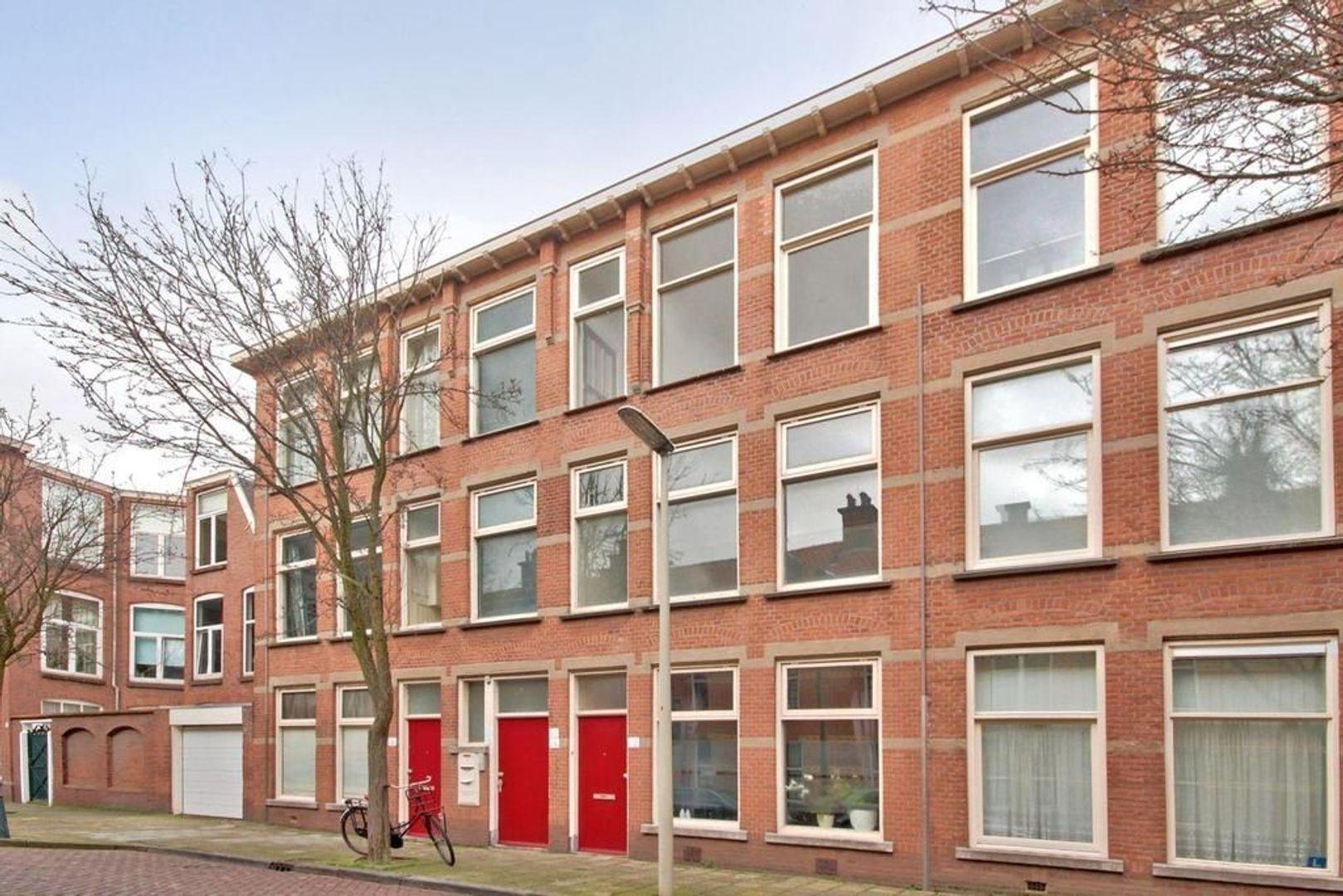 Johannes Camphuijsstraat 66, Den Haag foto-2 blur