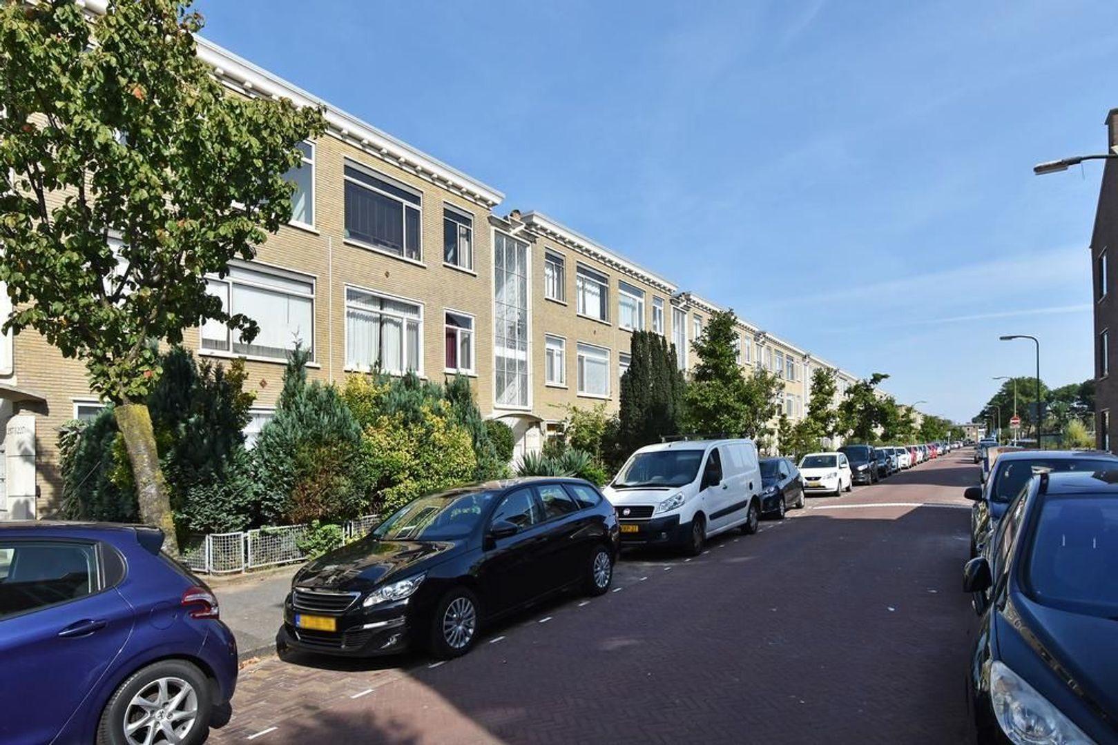 Nieuwersluisstraat 221, Den Haag foto-2 blur