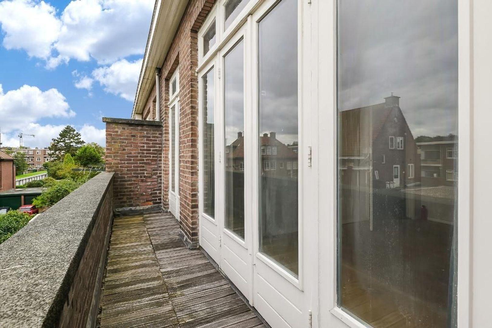 Waalsdorperweg 275, Den Haag foto-44 blur
