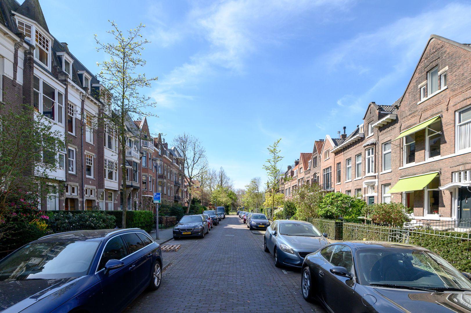Oranjelaan 27, Rotterdam foto-26 blur