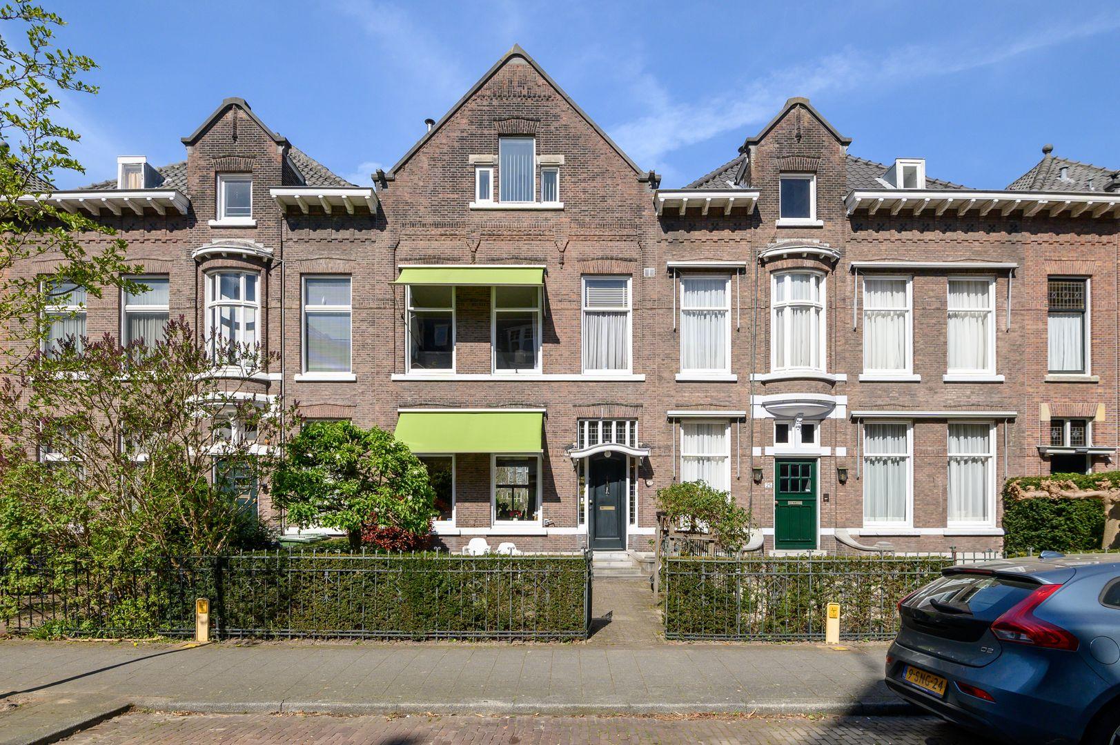 Oranjelaan 27, Rotterdam foto-0 blur
