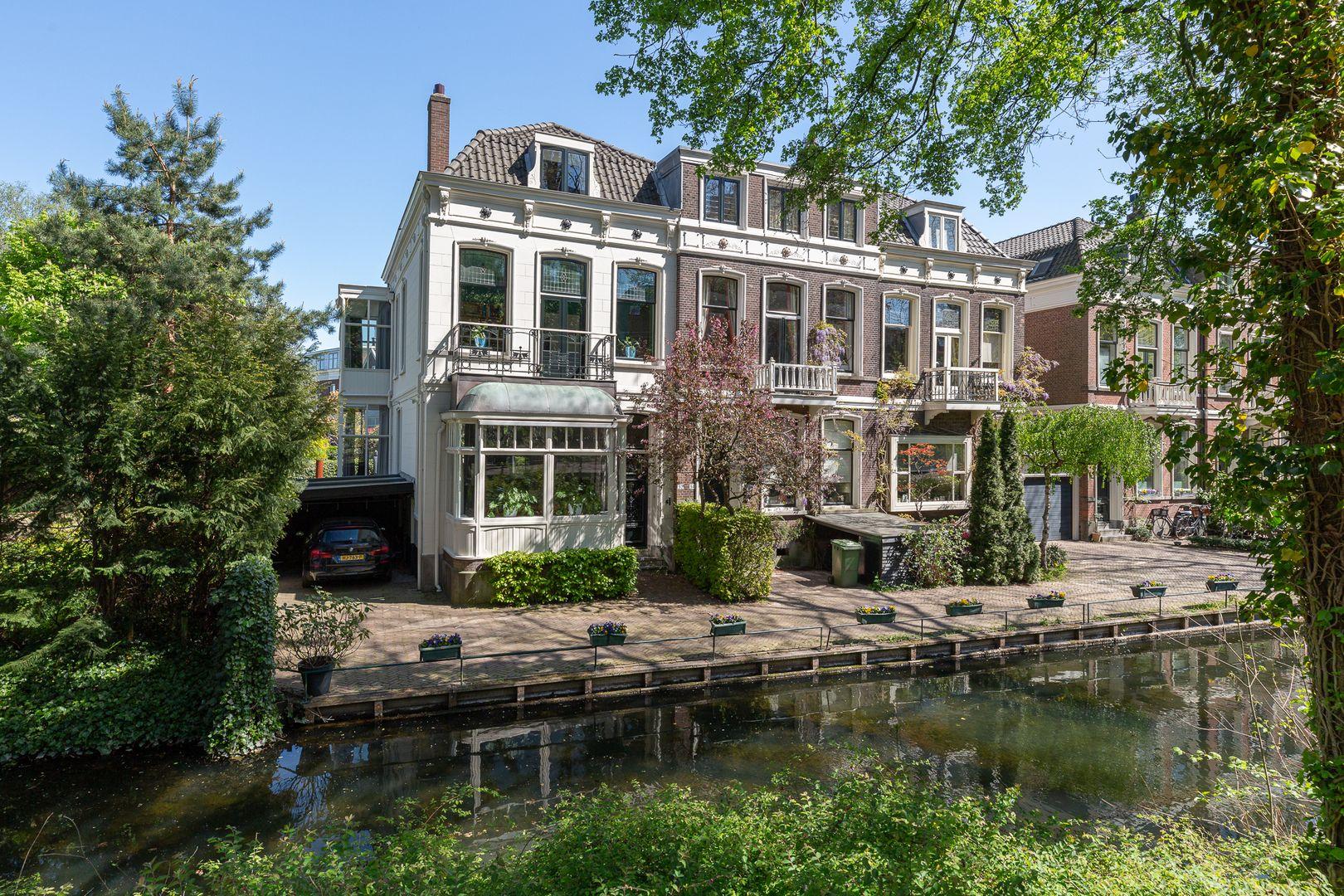 Honingerdijk 32, Rotterdam foto-0 blur