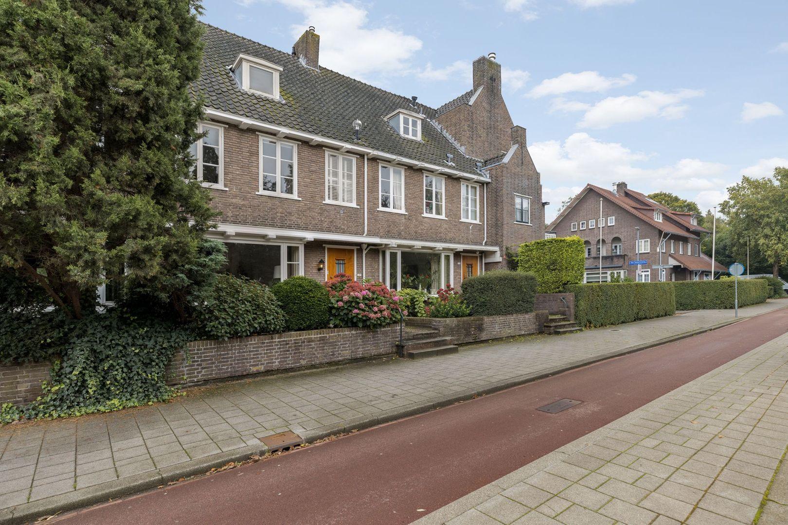's-Gravenweg 117, Rotterdam foto-1 blur