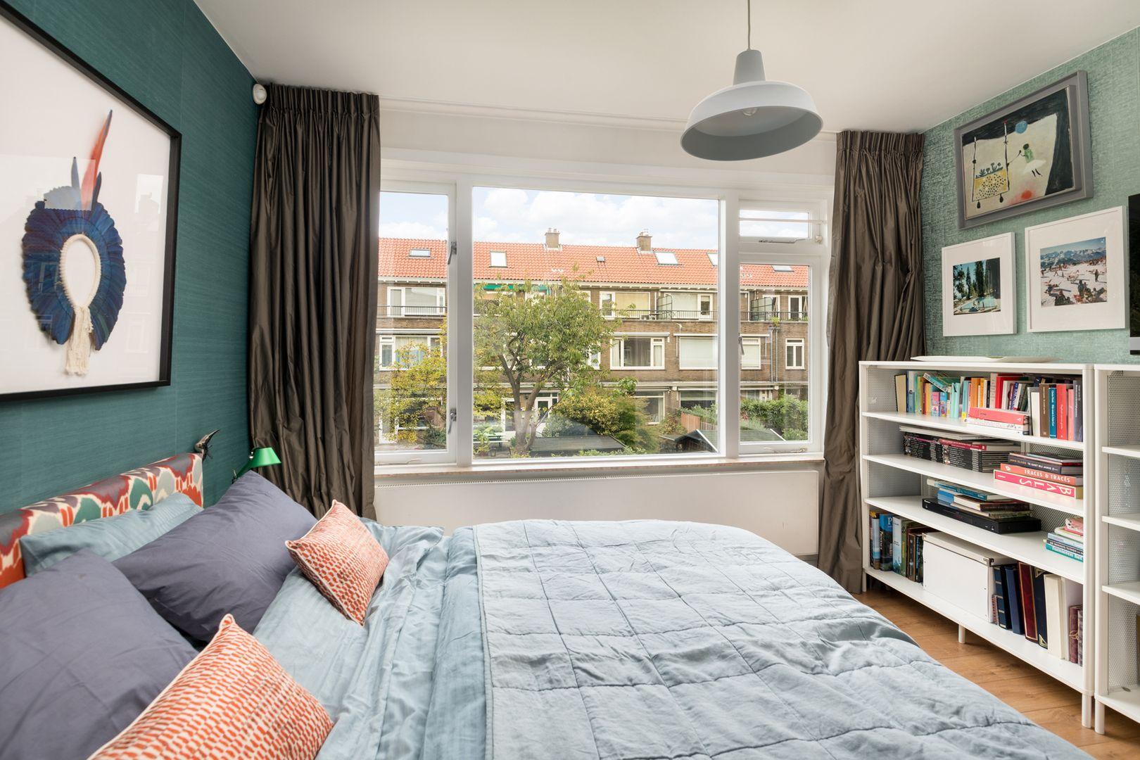 Meindert Hobbemalaan 9, Rotterdam foto-16 blur