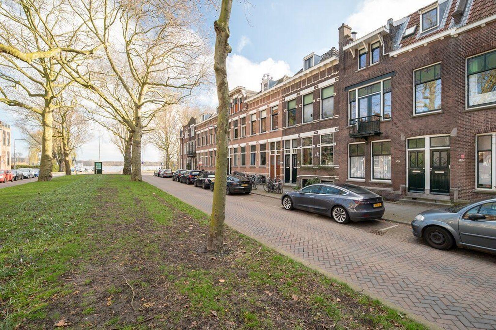 Jericholaan 18 b, Rotterdam foto-1 blur