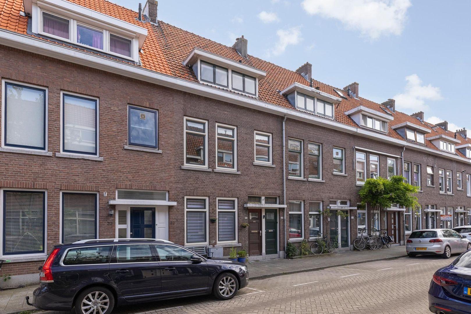 Robijnstraat 24 b, Rotterdam foto-1 blur