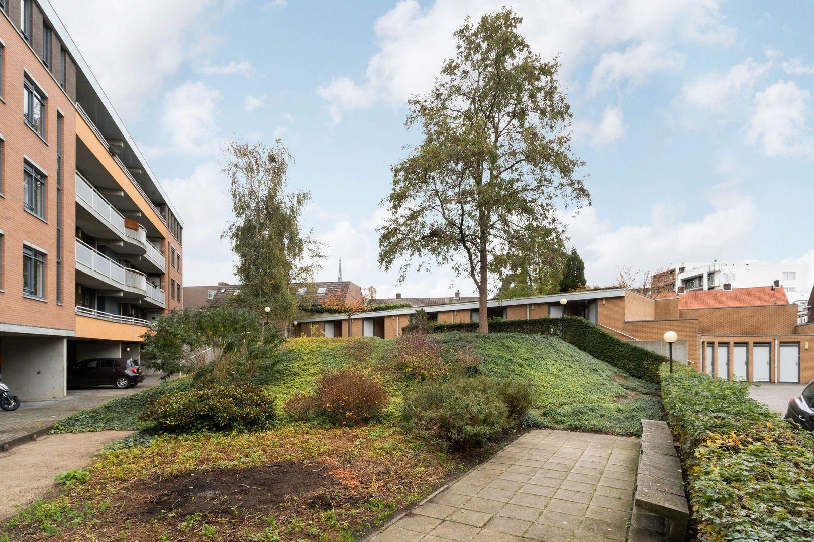 Langgewenst 81, Hilversum foto-18 blur