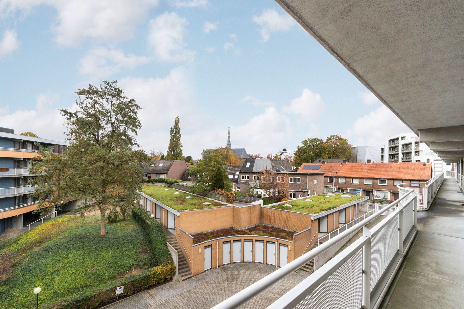 Langgewenst 81, Hilversum foto-3 blur