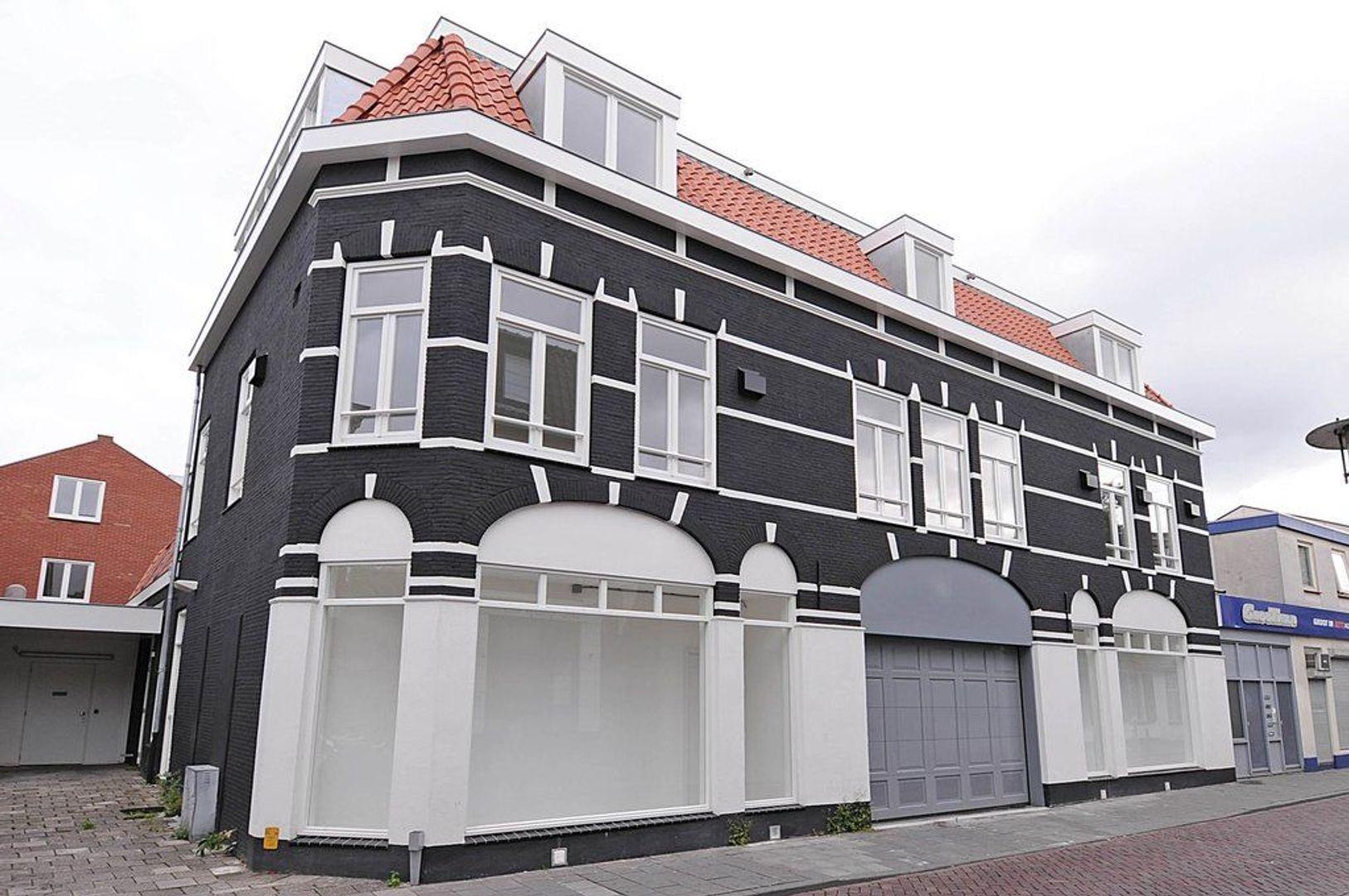 Spoorstraat 38 A, Hilversum foto-0 blur