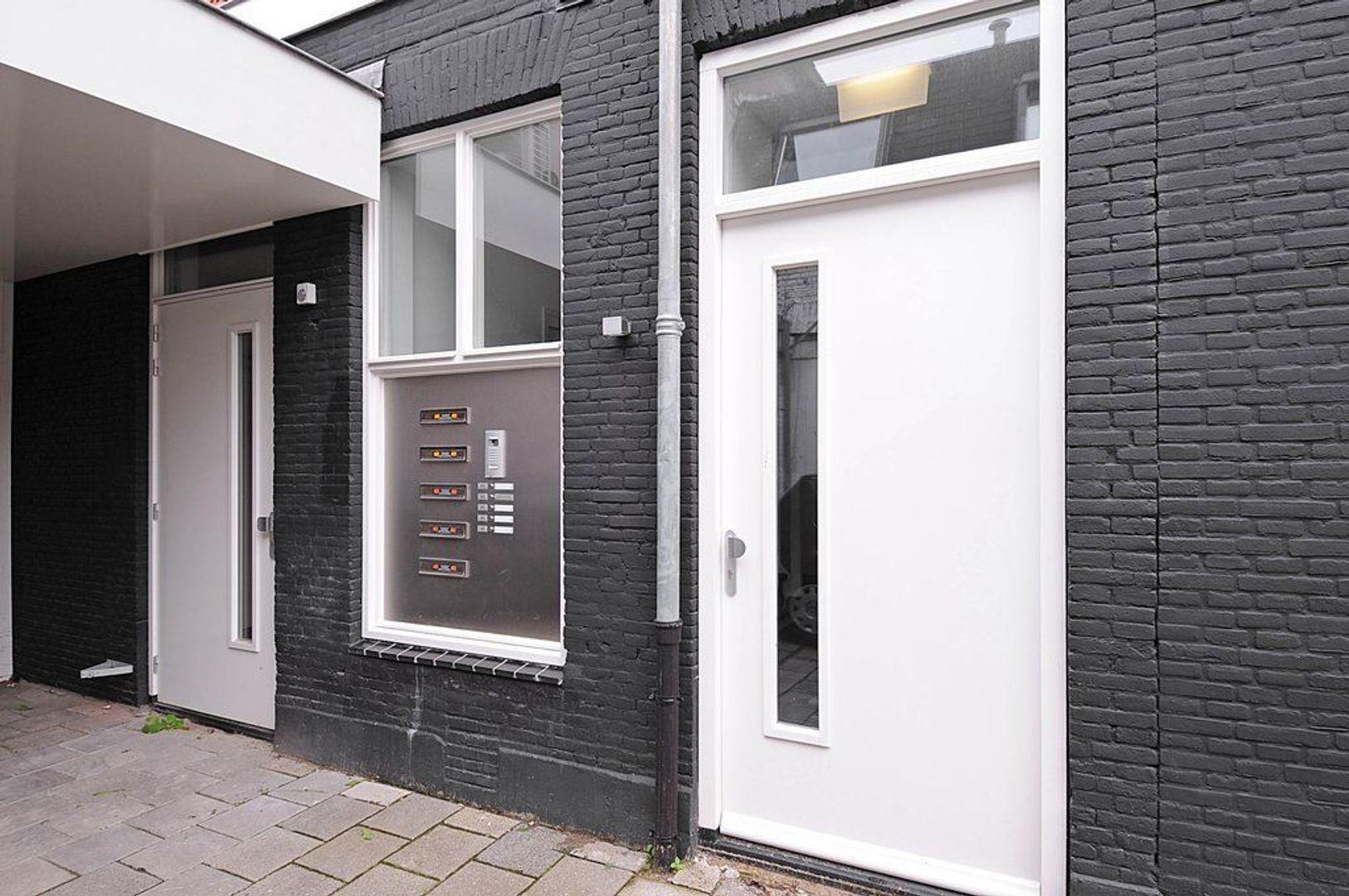 Spoorstraat 36 C, Hilversum foto-1 blur