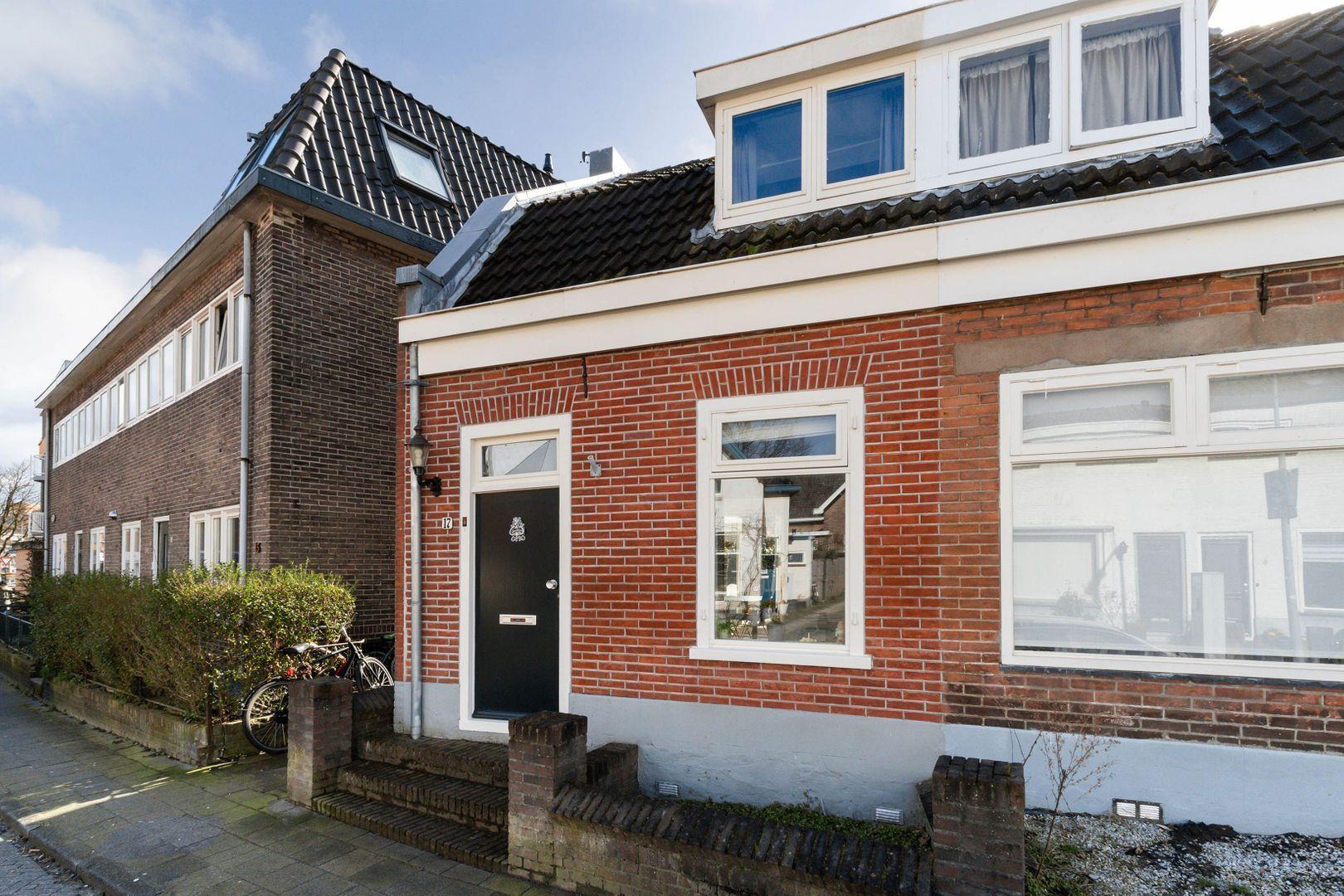 Honingstraat 17, Hilversum foto-1 blur