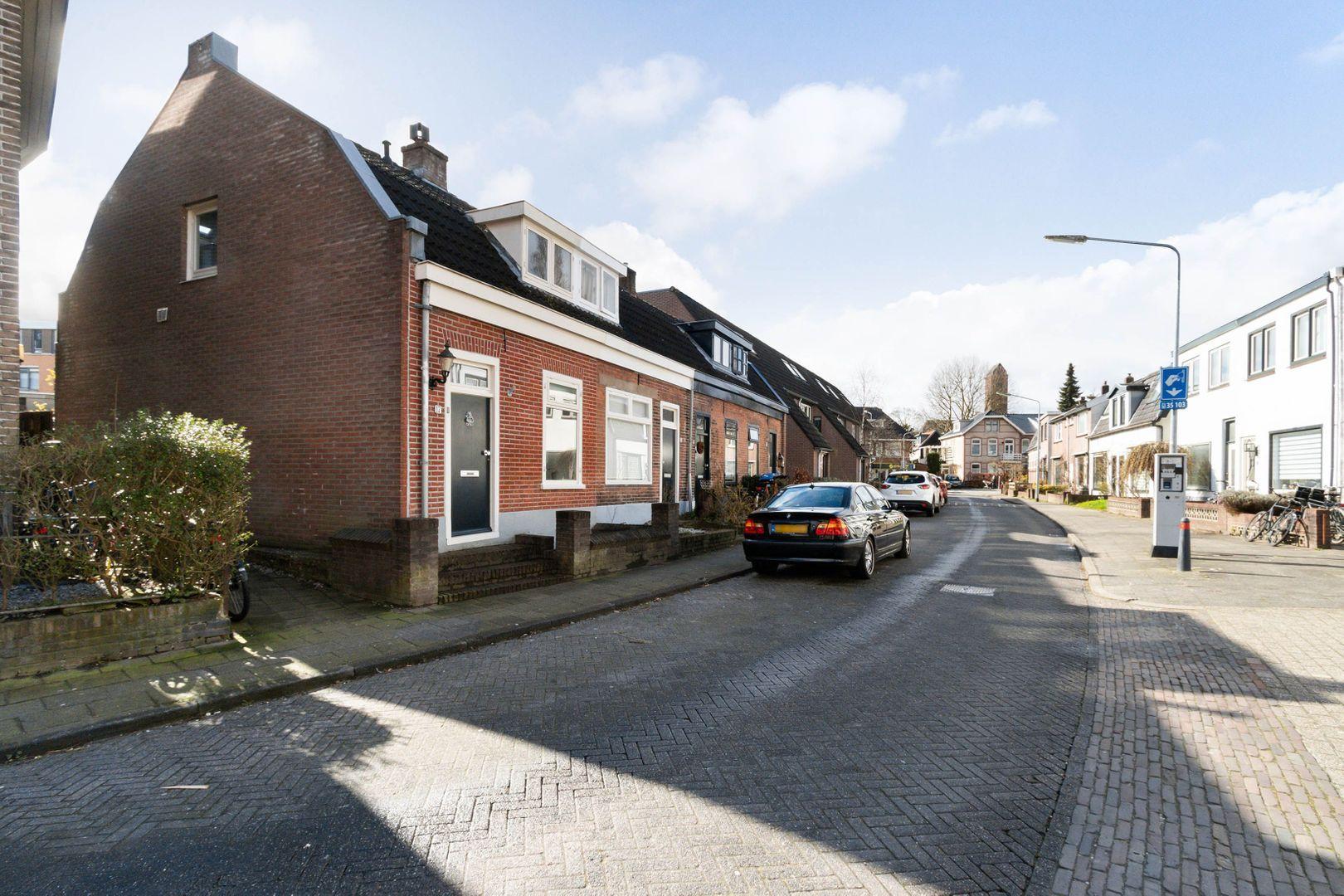 Honingstraat 17, Hilversum foto-19 blur
