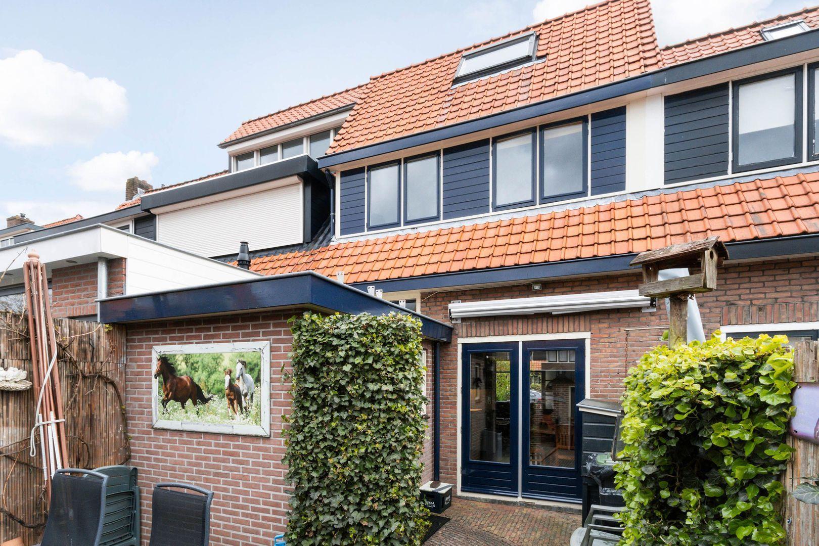 Casper Fagelstraat 12, Hilversum foto-14 blur