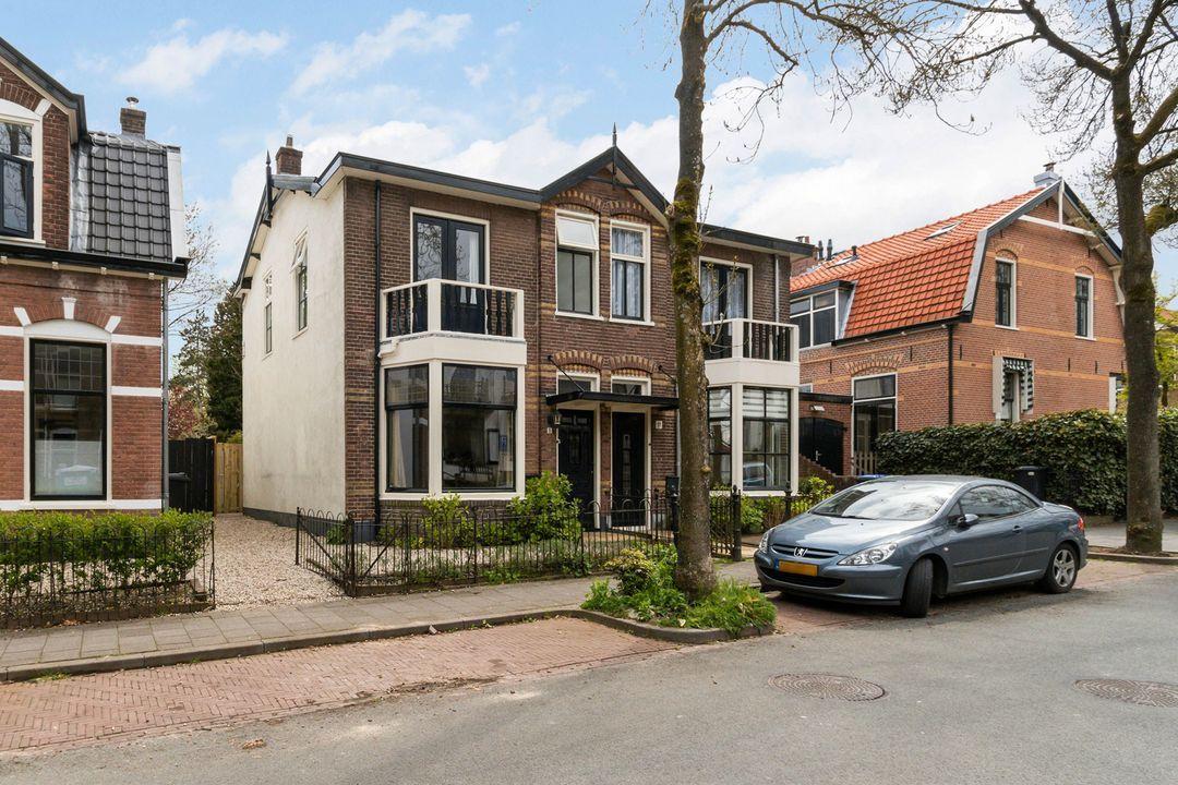 Eikbosserweg 15, Hilversum