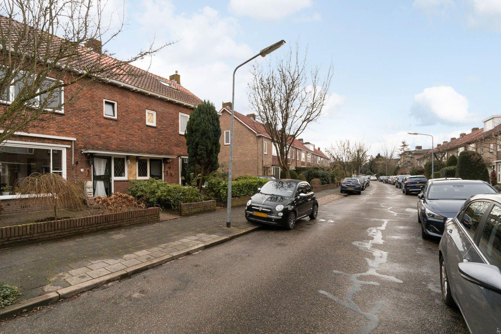 Jacob van Maerlantlaan 11, Hilversum foto-22 blur