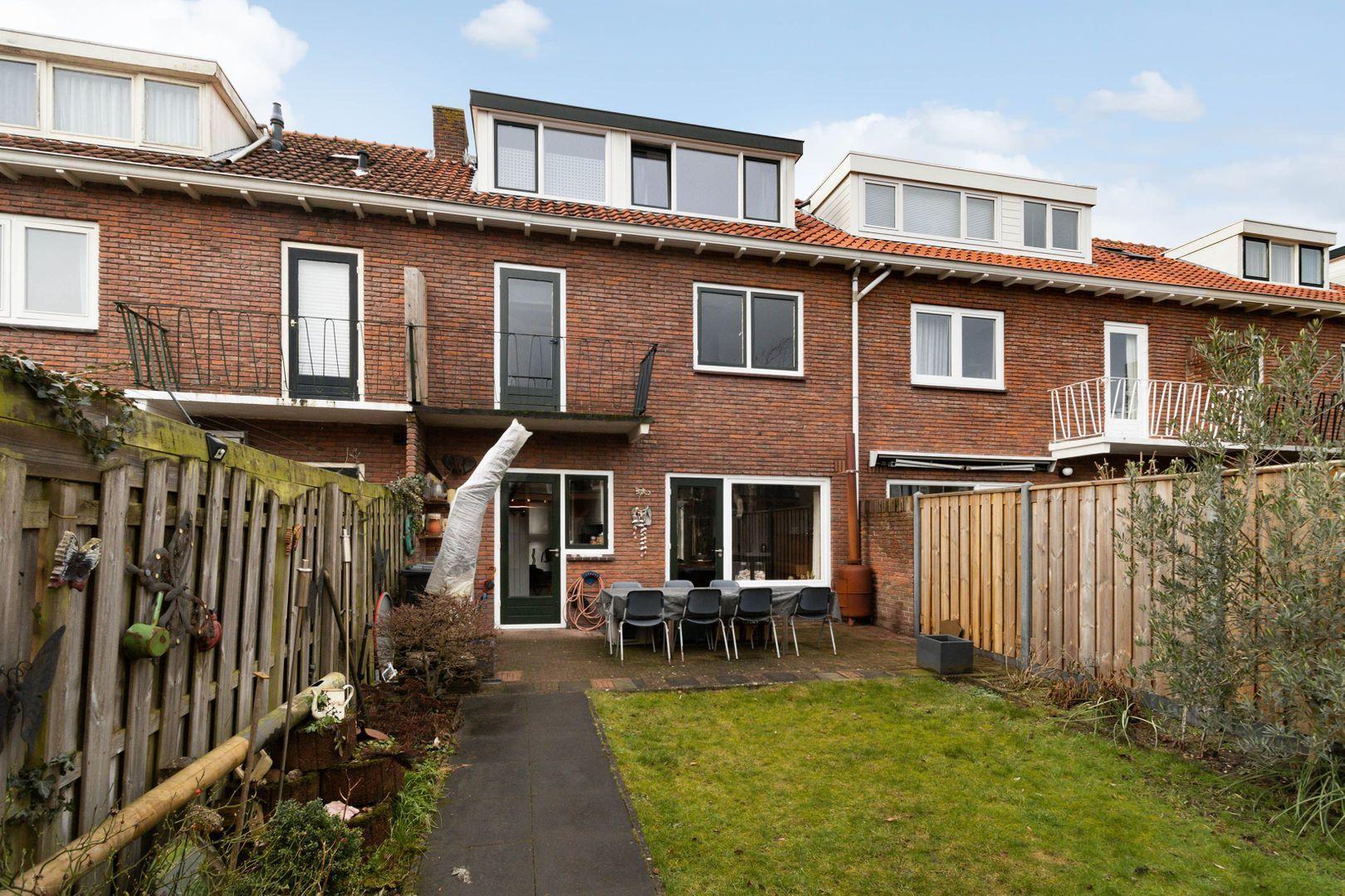 Jacob van Maerlantlaan 11, Hilversum foto-21 blur