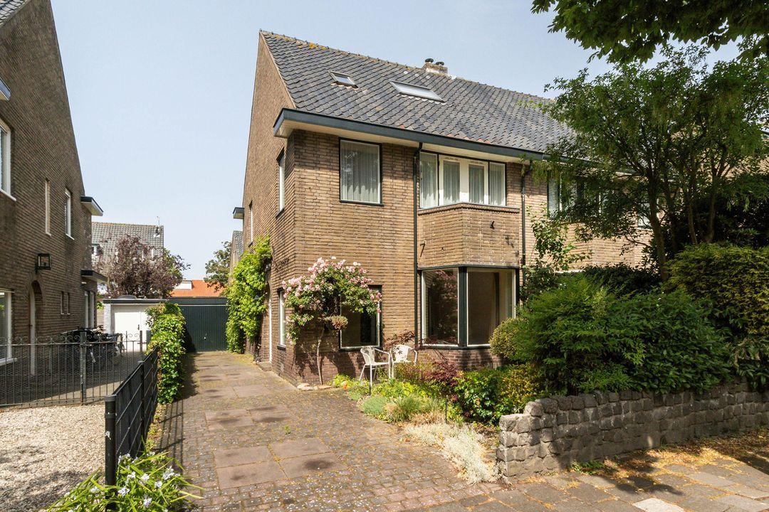 Van Beuningenstraat 22, Hilversum