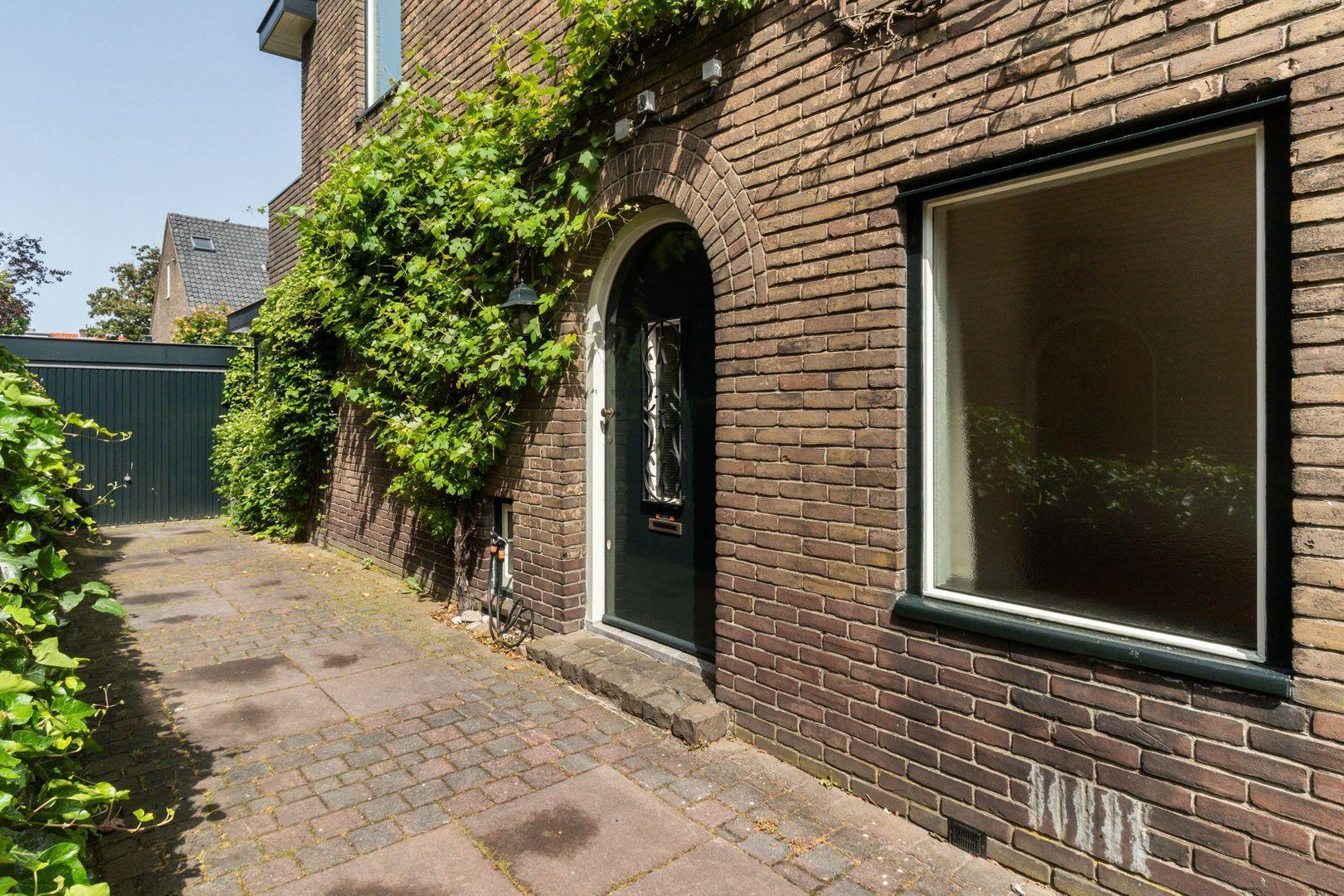 Van Beuningenstraat 22, Hilversum foto-1 blur