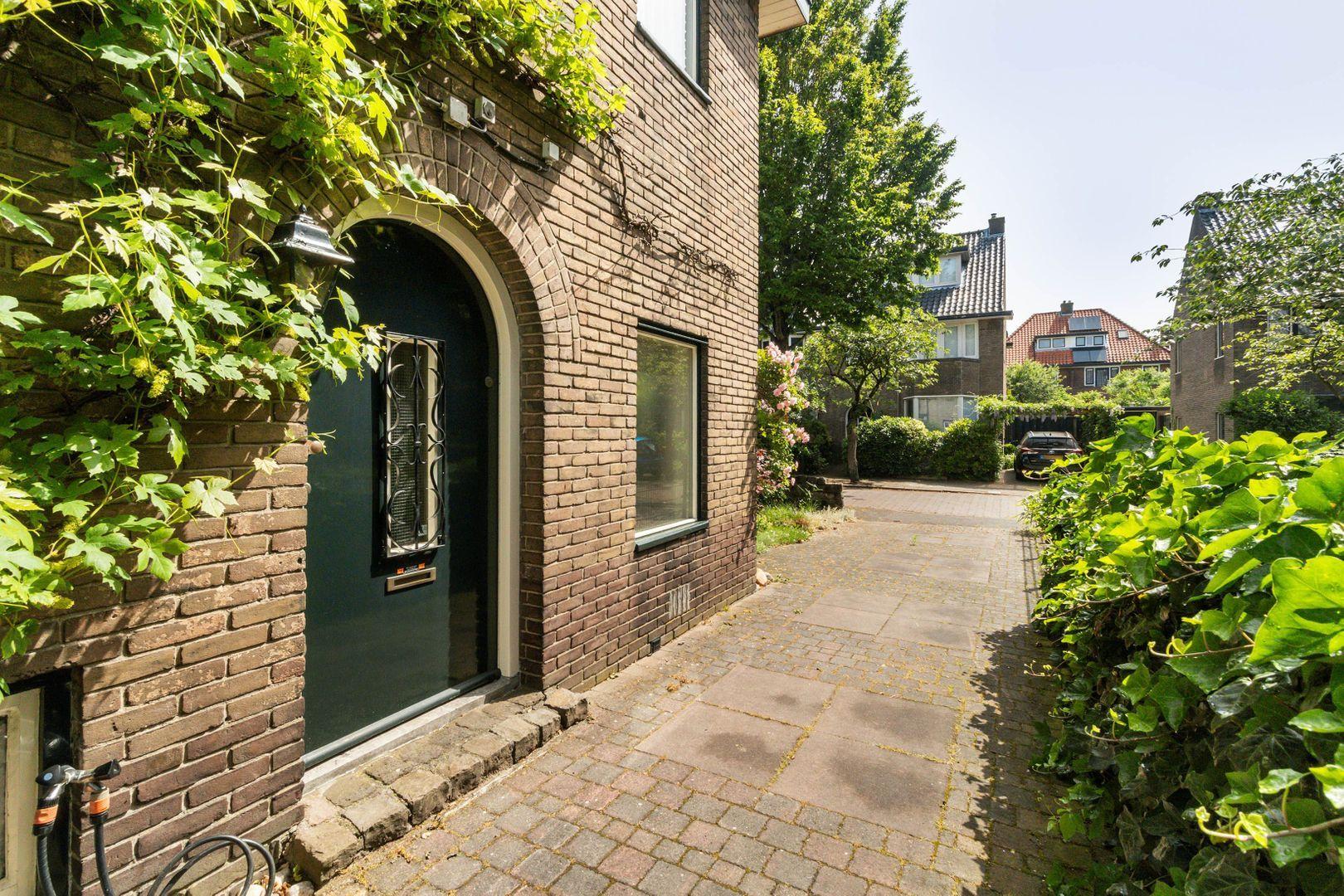 Van Beuningenstraat 22, Hilversum foto-25 blur
