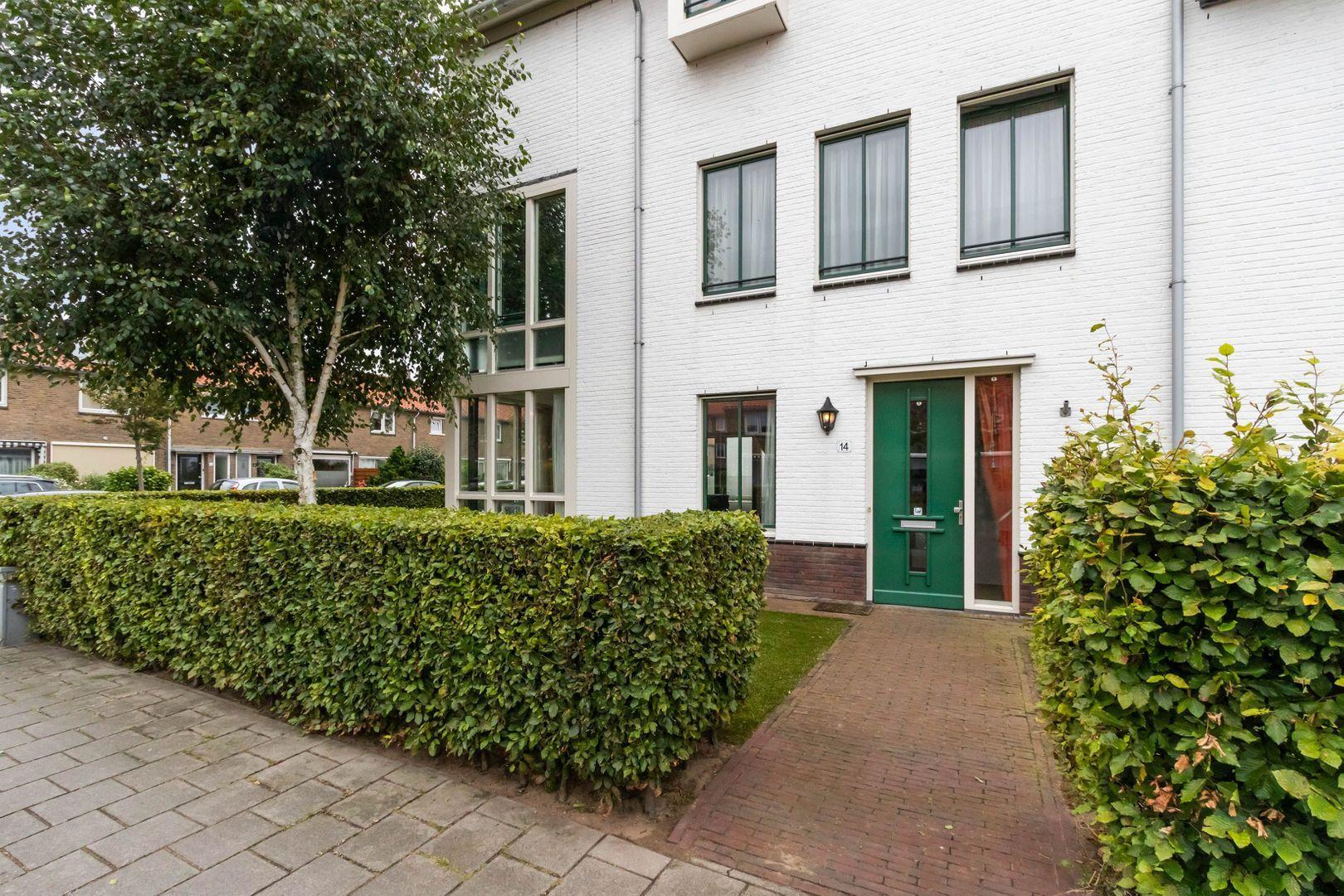 Cornelis van den Bergstraat 14, Bussum foto-2 blur
