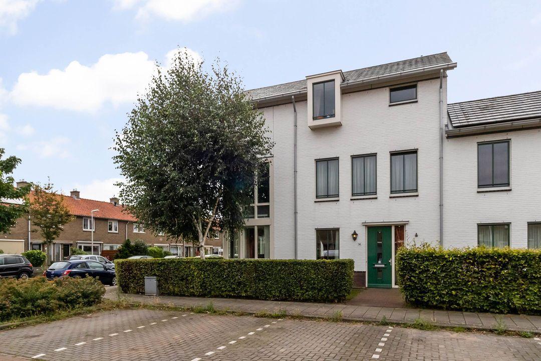 Cornelis van den Bergstraat 14, Bussum