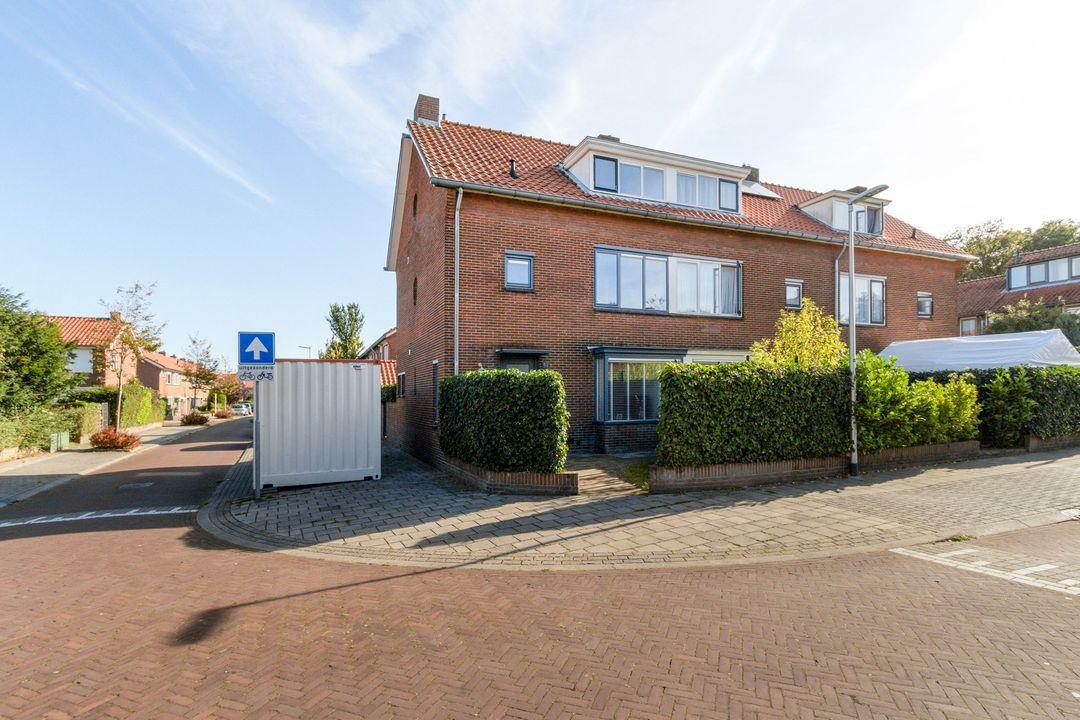 Van Linschotenstraat 31, Bussum