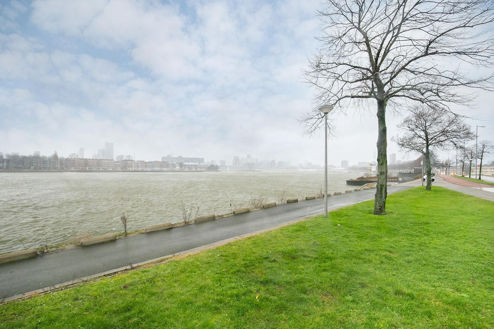 Oostmaaslaan 558, Rotterdam foto-25 blur