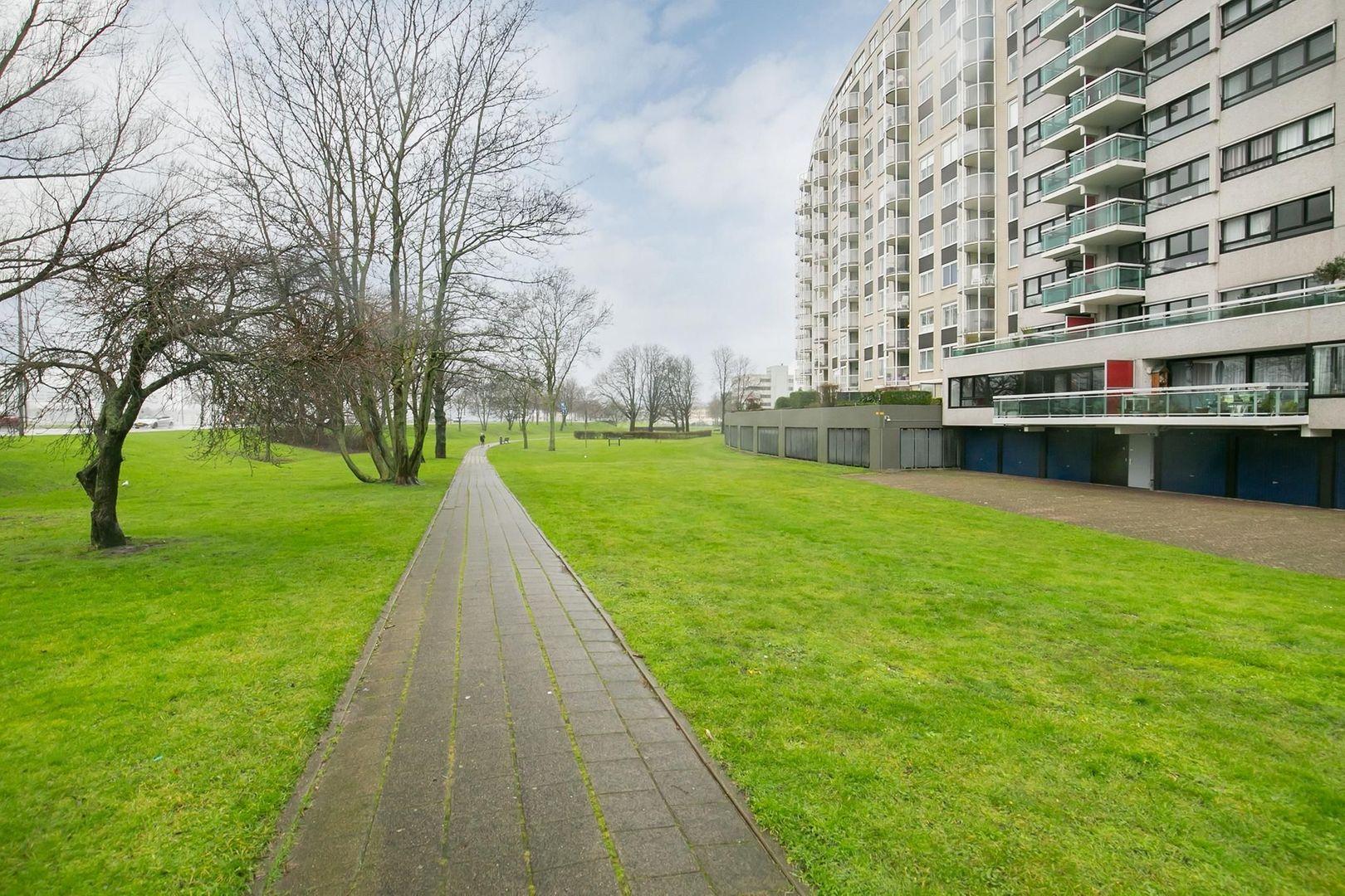 Oostmaaslaan 558, Rotterdam foto-24 blur