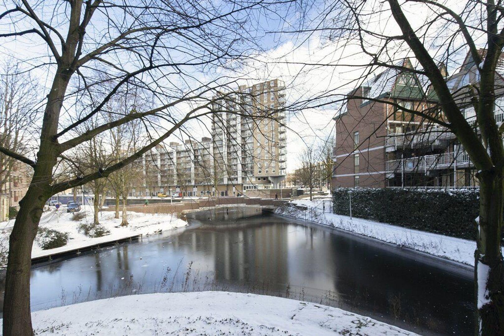 Graaf Balderikstraat 32, Rotterdam foto-1 blur