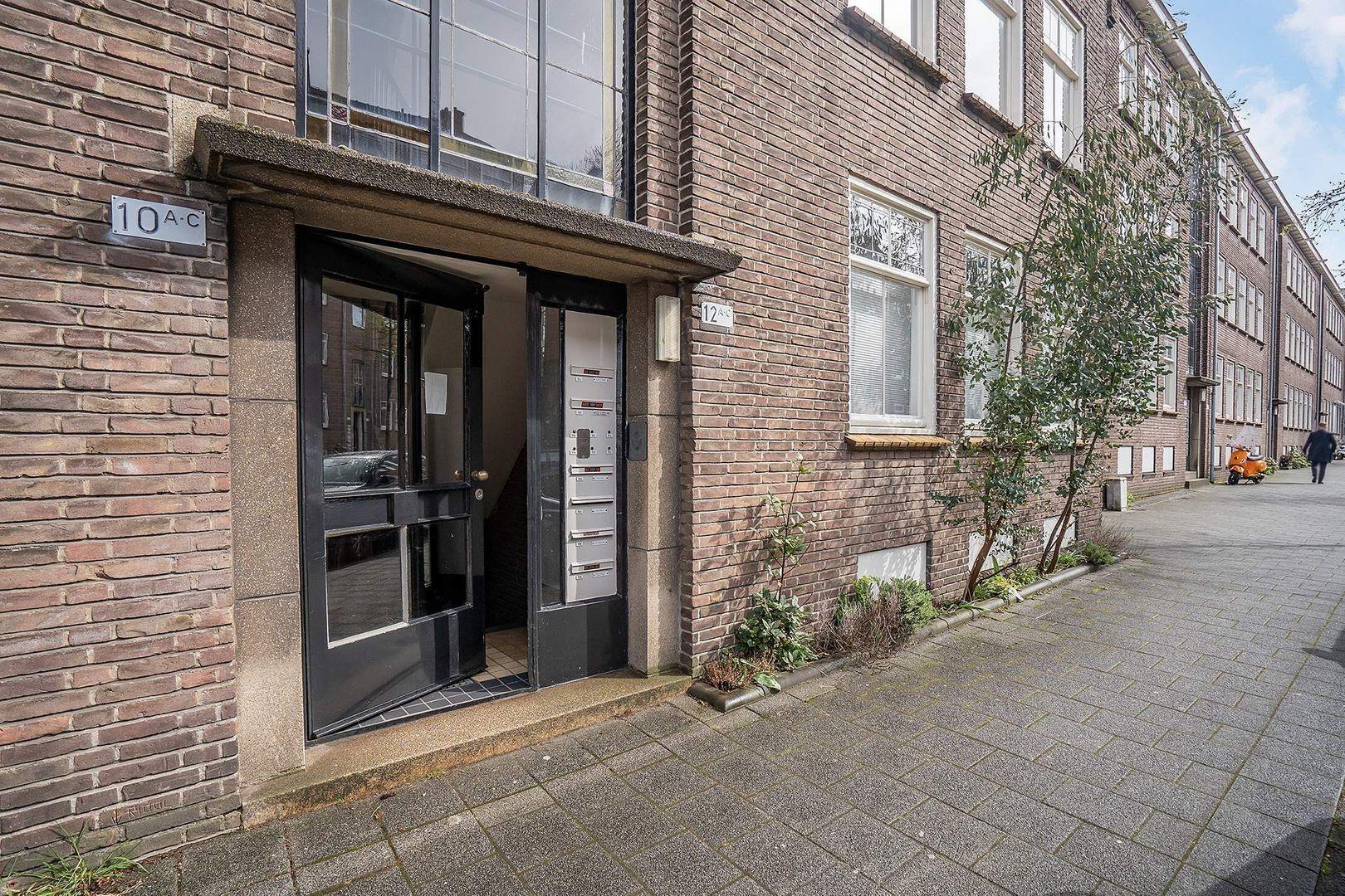 Carel van Nieveltstraat 12 A, Rotterdam foto-31 blur