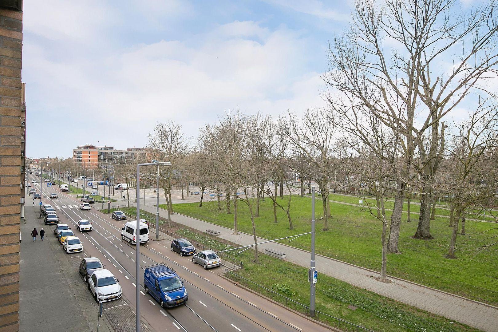 Crooswijksestraat 90, Rotterdam foto-22 blur